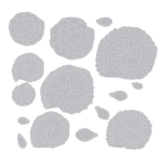 Petites fleurs en lambeaux avec l'outil Quilling, Thinlits Dies par Sizzix Tim Holtz - Sizzix par 660227 4b3735