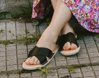 Black Flip-Flops, Women Sandals, Leather Flip-Flops, Summer Shoes, Leather Sandals, Flipflops, Flat Sandals, Leather Flats, FlipFlop Sandals