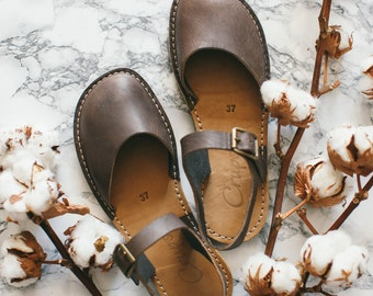 Slippers, Flat Leather Sandals, Women slippers, Comfortable Sandals, Summer Flats, Women Sandals, Casual Sandals, Brown Leather Flats