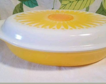 Vintage Pyrex Sunflower Divided Dish with Lid