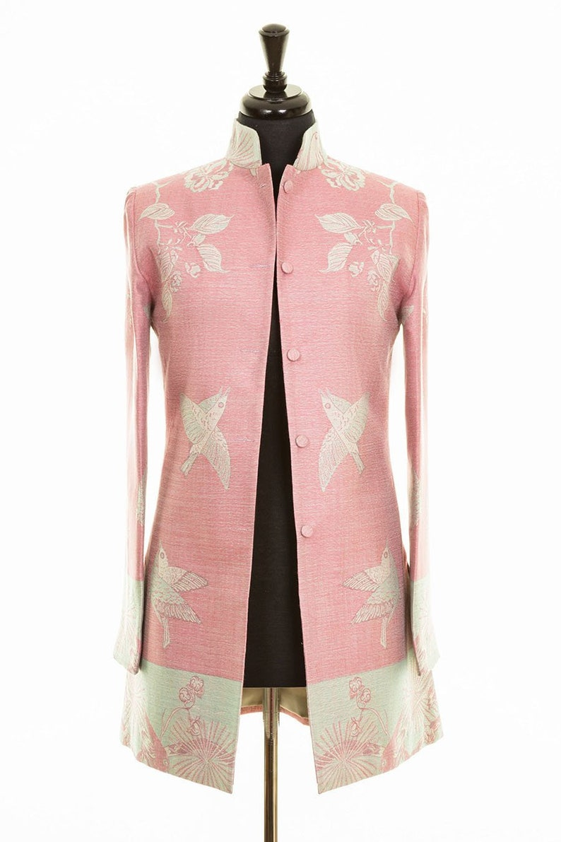 pretty nice 35c9e d17e7 Ladies rococò rosa uccelli giacca di Cashmere floreale Nehru collare  indiano con palangari, madre della sposa, Ascot, Polo, occasione speciale,  Teatro
