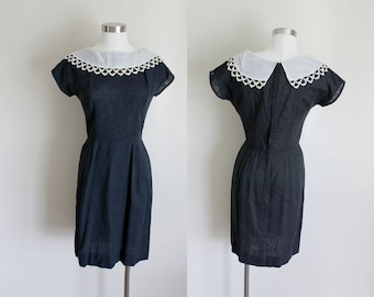 1950s Black Dress | Pilgrim Collar | Small