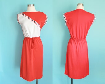 1970s Red and White Sportsdress Jackie O! | Size Small/Medium
