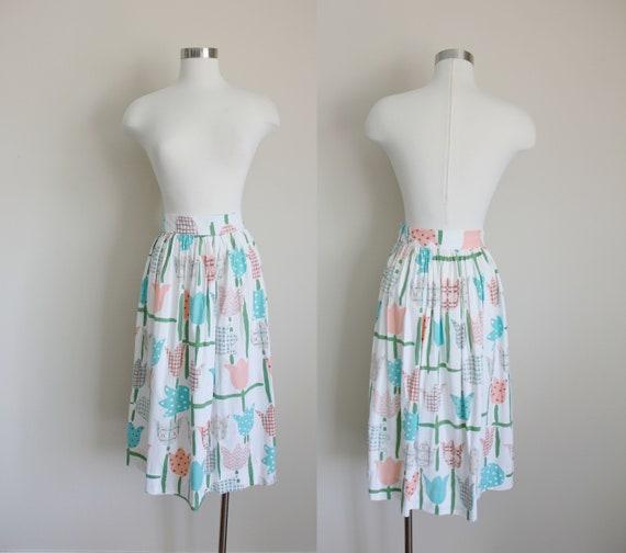 "1950s Novelty Print Tulip Skirt | 27"" inch waist"
