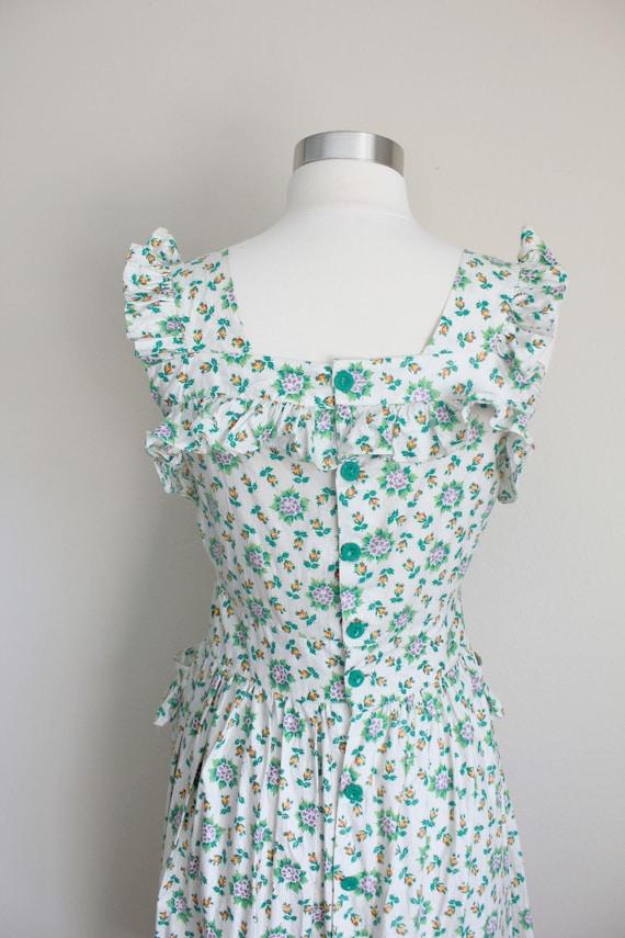 1940s Floral Pinafore Dress   Button up Back Dres… - image 7