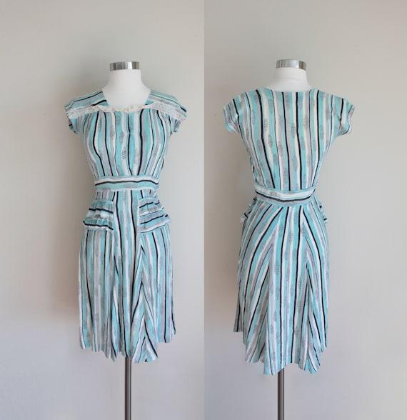 1940s Aqua Striped Dress   Novelty Print Dress   J