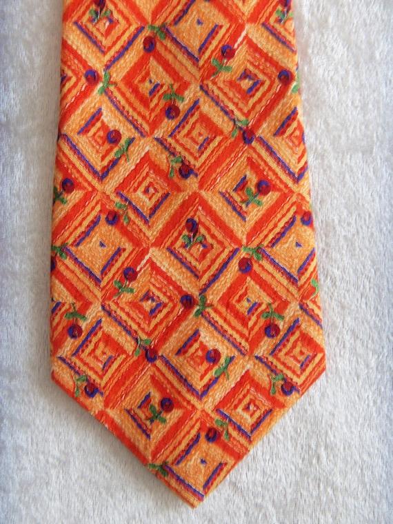YORN Silk Tie Boutique Chic Necktie Geometric Pat… - image 3