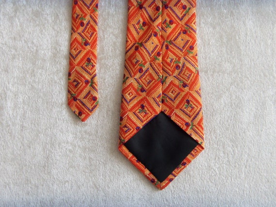 YORN Silk Tie Boutique Chic Necktie Geometric Pat… - image 7