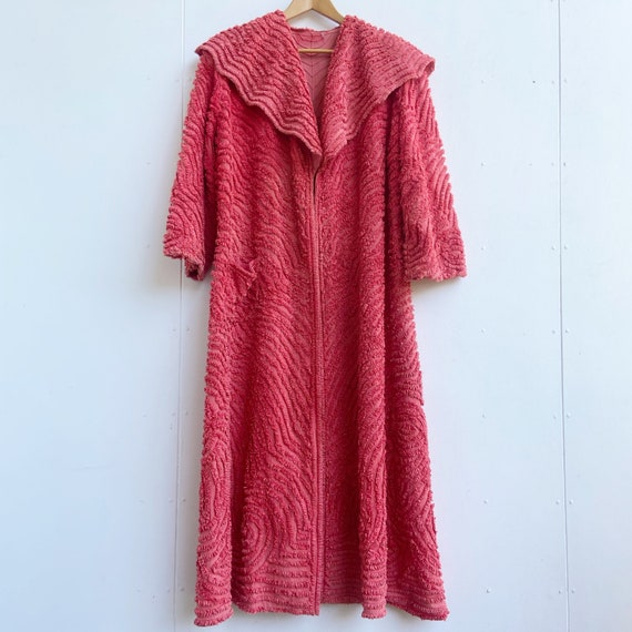 Vintage 1940s chenille robe dressing gown