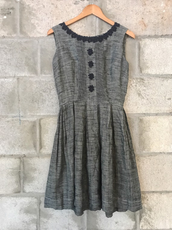 Charcoal linen and lace 50s 60s dress
