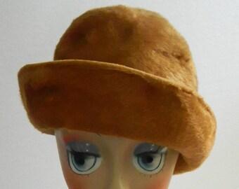 Vintage Golden Beaver Fur Felt Ladies Derby Hat