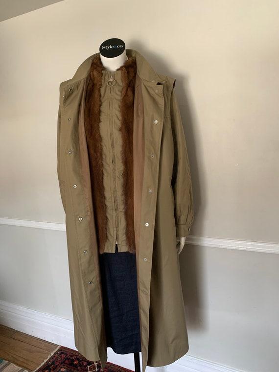 Vintage Kahnert 2 Piece Khaki & Fur Trench Size Me