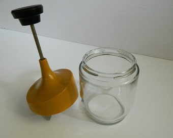 Retro Gemco Spring Loaded Food Chopper Clear Glass with Harvest Yellow Plastic Top Nut Chopper Made in USA