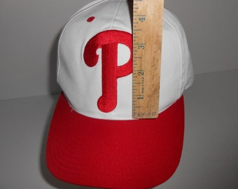 Vintage 90s Philadelphia Phillies Big Logo Blockhead Snapback Cap Hat d5f2beb53497