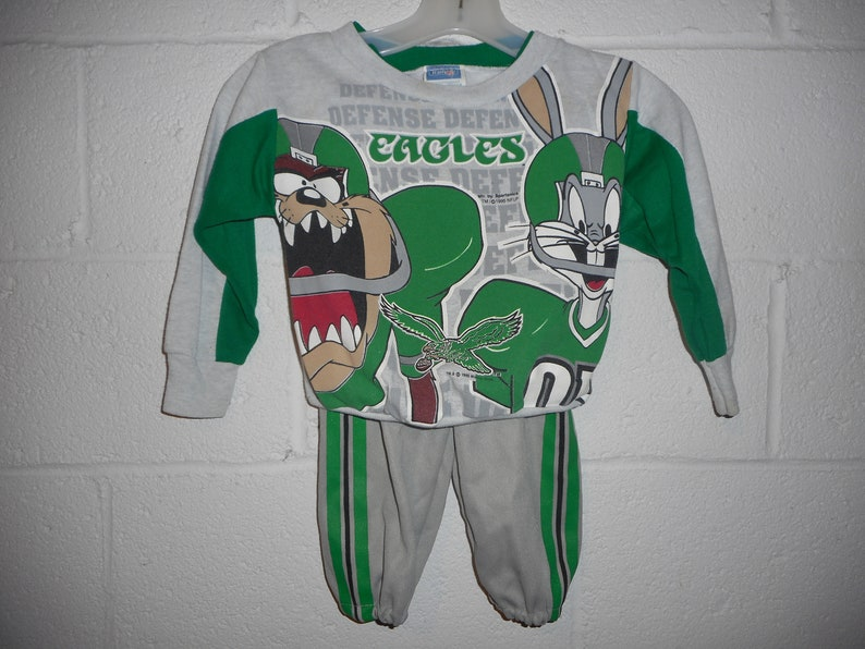 quality design b0df9 3c6f8 Vintage Looney Toons Philadelphia Eagles Outfit Sweatshirt Pant Youth Small