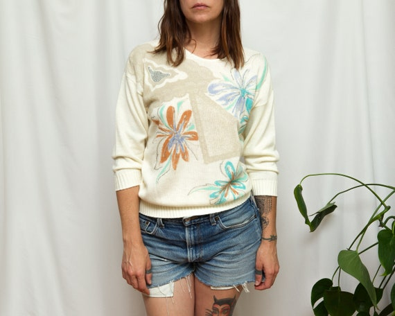 Size M, 1980s Hand Painted Floral Graphic Sweater