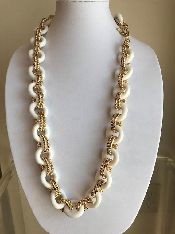 Kenneth J Lane Vintage necklace