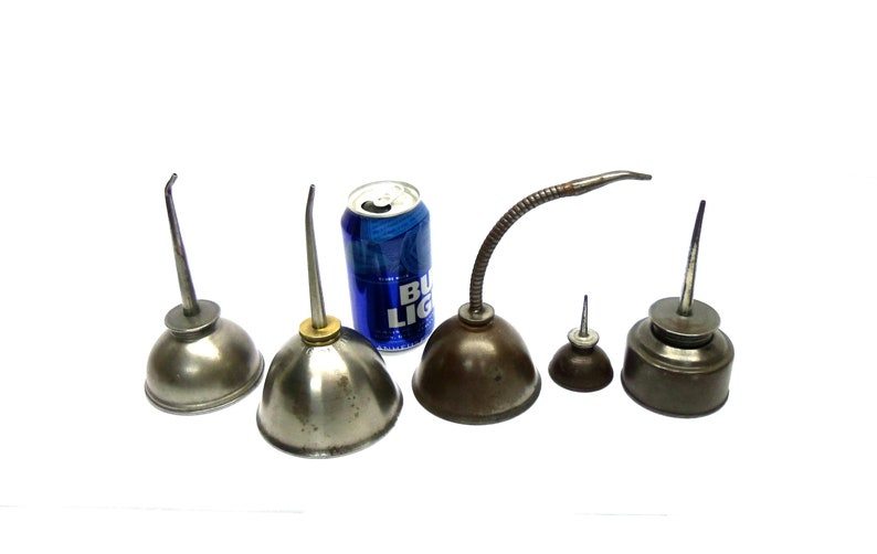 Oil Can Art Vintage collection 5 Oil Cans Oil Pumpers Industrial Art Garage  Decor Petroliana Clean and Display Ready