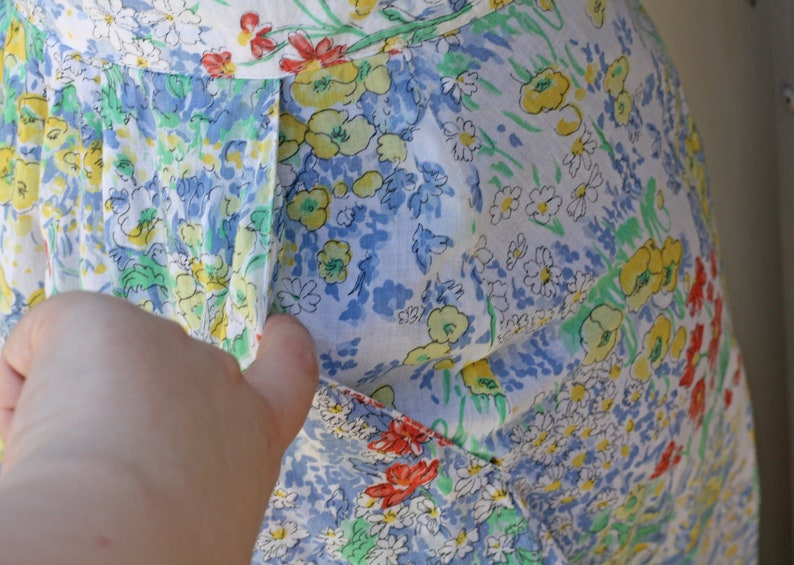 1980s Retro Abstract Skirt Folk Skirt White Floral Skirt 80s Skirt High Waist A Line Skirt Vintage Calico Skirt Indie Skirt