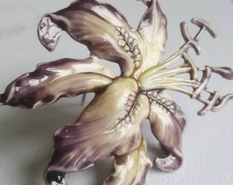 Vintage Enamel Purple Lily Flower Brooch Pin  - Gifts for Her - Vintage Jewellery