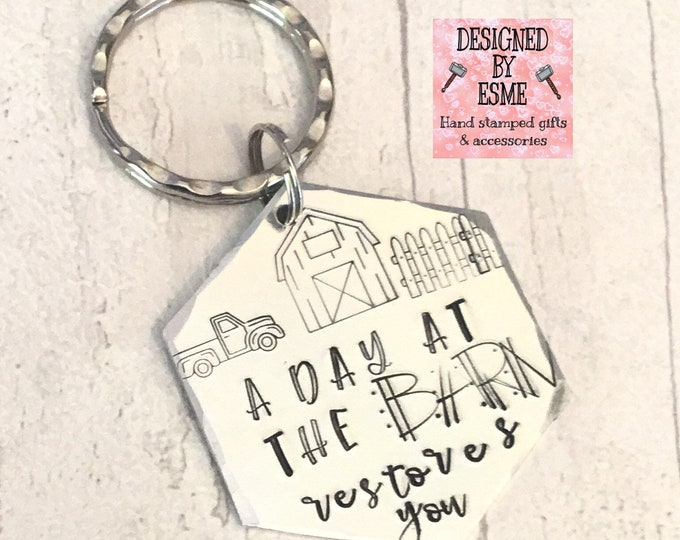 A day at the barn keys, Barn gift, Farm gift, Farmlife gift, Hand Stamped, Gift for her, Gift for him, keyring