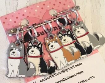Malamute dog stitch markers, malamute knitters, malamute crocheters, stitch markers, gift for a knitter, gift for a crocheter