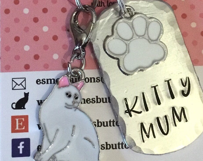 White cat keychain, cat gift, Cat lover gift, cat Dad  cat Mum, Hand Stamped, Key Chain, Gift for her, Gift for him, uk seller,