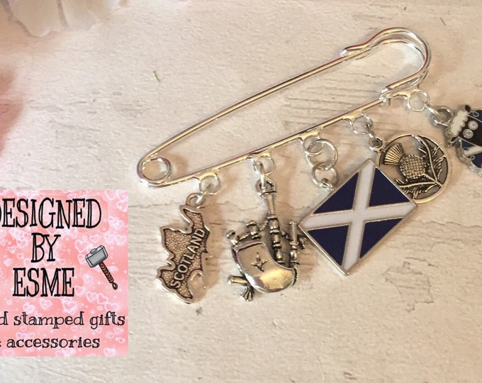 Scottish charms kilt pin brooch, saltire, St. Andrew, bagpipes, Scotland map, thistle, kilt, tartan, sweater pin