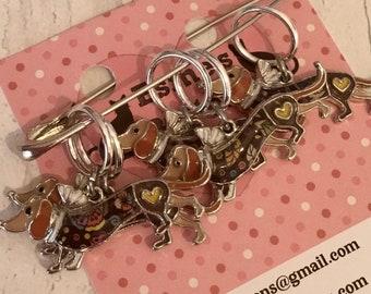 Dachshund dog stitch markers, dachshund knitters, dachshund crocheters, stitch markers, gift for a knitter, knitting gift,