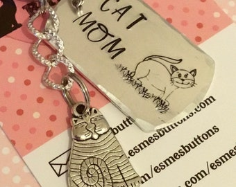 Cat mom keyring gift, cat Dad, Cat lover gift, Hand Stamped, Key Chain, Gift for her, Gift for him, uk seller,