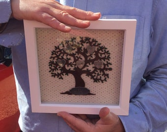 Personalised wooden Family Tree with frame, stamped metal hearts, personalised family tree, home decor, wall decor, family gift