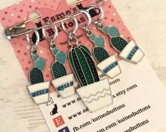 Cacti stitch markers, cactus stitch markers, cactus gift, gift for a knitter, gift for a crocheter, Cactus progress keepers,