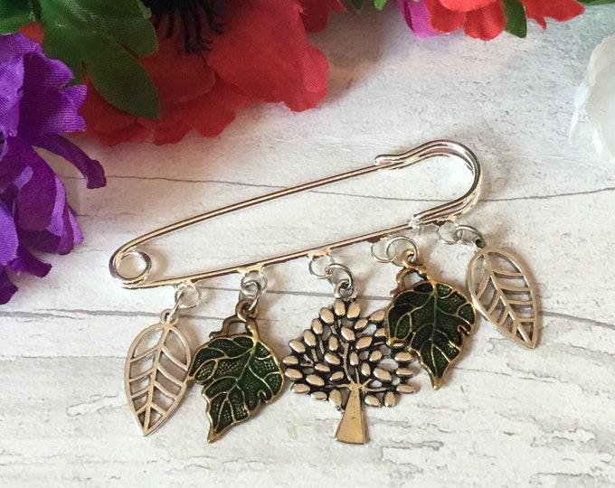 Leafy kilt pin brooch, gift for a tree lover, nature brooch, green leaves, tree hugger brooch, tree lover gift, sweater pin