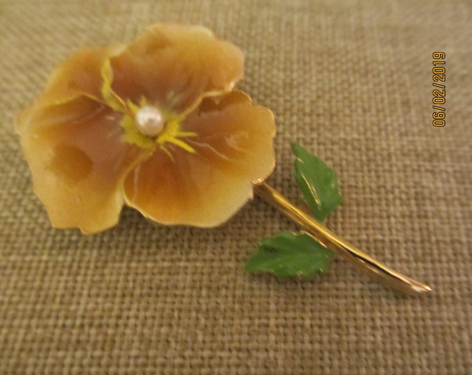 Unique Beautiful Colorful Enamel Vintage Hibiscus Flower Pin, Beach Flower Brooch, Gardeners Gift, Hibiscus Brooch