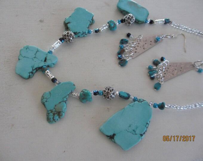 Beautiful Turquoise Stone Pendant Necklace, Something Blue Turquoise Choker Bridal Necklace, Maid of Honor Gift,