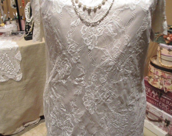 Sale A-Line Beautiful Vintage Crochet Lace Dress,Lined Crochet Dress Size Small,Vintage Dress, Vintage Bridal Dress