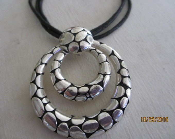 Navajo Style Rope Necklace, Antique Silver Navajo Choker Necklace,Round Silver and Black Emblem