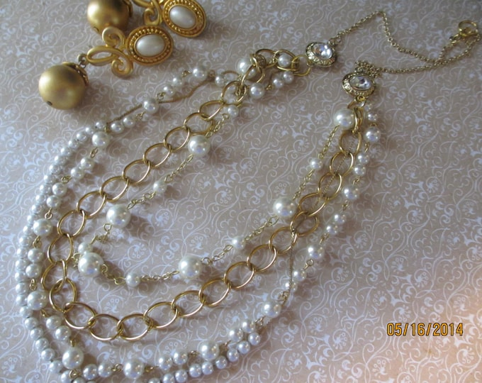 Bridal Jewelry Sale Bridal Fauxe Pearl and Rhinestone Bridal statement Necklace, Bridal Jewelry
