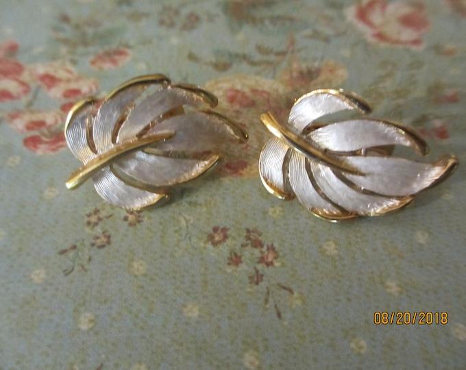 Unique Gold Tone Enamel Vintage Fall Leaf Earrings, Vintage Fall Earrings, Fall Jewelry
