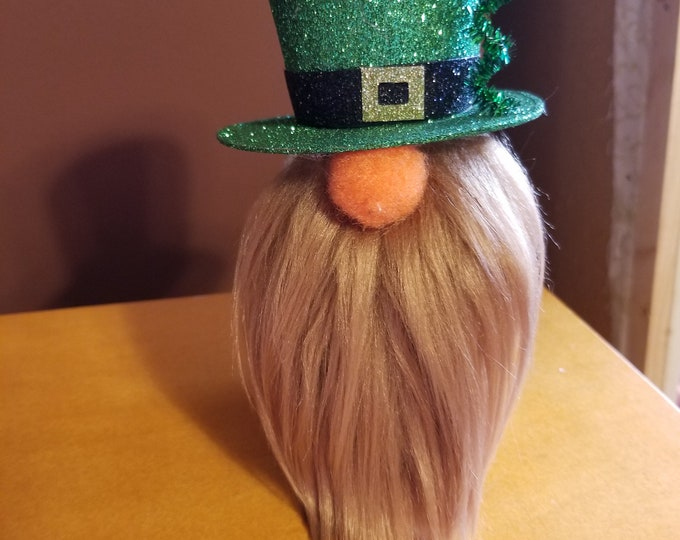 Handmade Super Cute St Patrick's Day Gnome, Anniversary Gnome, Wedding Gnome, Irish Clover Love Gnome, Wedding Gnome,