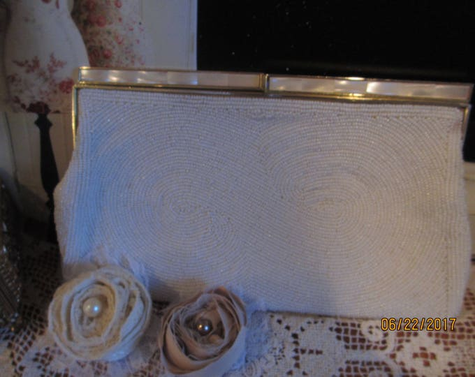 Vintage White Beaded Cocktail Purse,Mother Pearl Vintage Something Old Bridal Cocktail Purse,Vintage Mother Bride Purse,Mother of Groom Purs