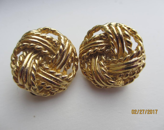Beautiful Rare Vintage GP Knot Earrings, Vintage Knot Earrings, Something Old Gift, Vintage Bridal Earrings, Maid Of Honor Earrings