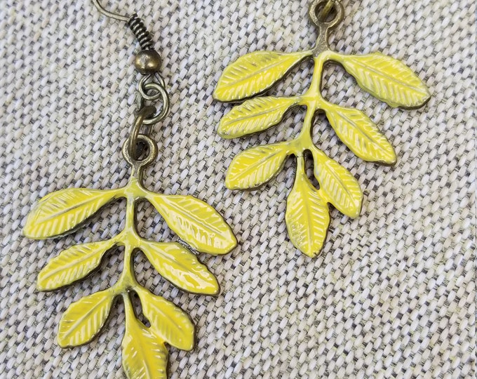 New Fall Leaf Charm Earrings, Fall Leaf Earrings, Fall Earrings, Fall Jewelry