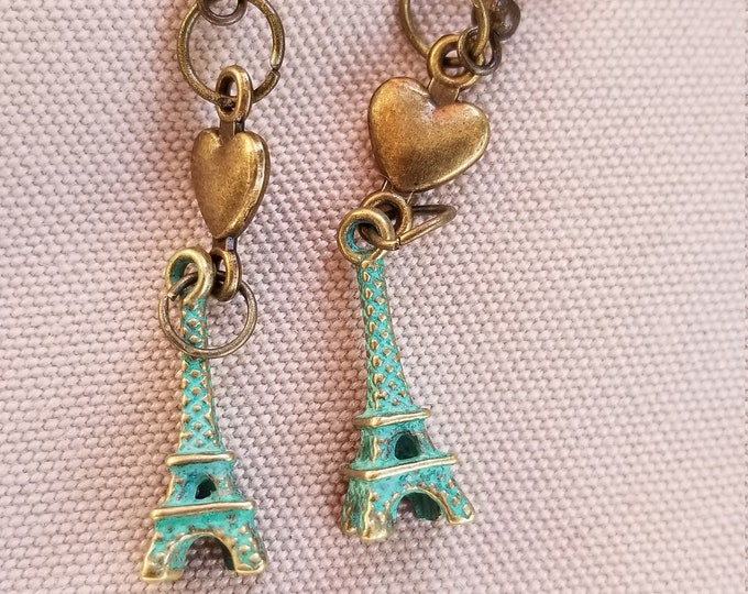 Pretty I Love Paris Eiffel Tower Earrings, Paris Jewelry, Eiffel Tower Charm, Eiffel Tower Earrings,Bridal Gift,Honeymoon Gift