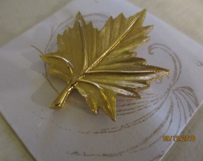 Rare Signed BBB Fall Leaf Pin Brooch, Vintage Leaf Pin, Vintage Fall Jewelry