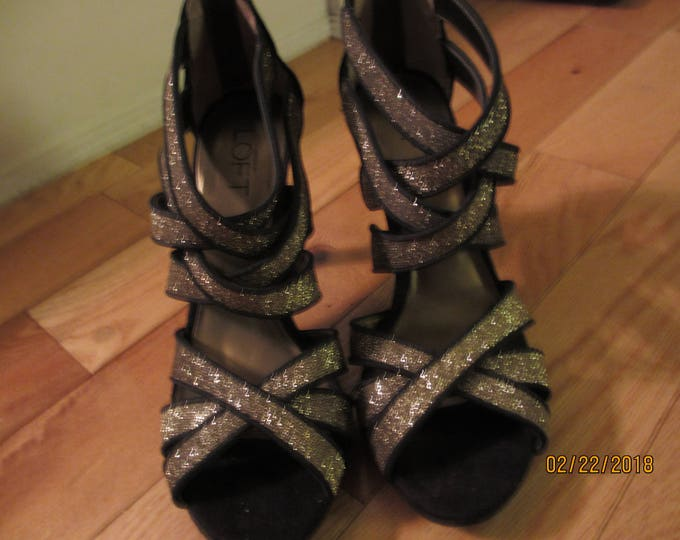 New Ladies Consignment Ann Taylor Loft Black Gold Shimmer Shoes, Ann Taylor Loft Evening Heels, Ann Taylor shoes