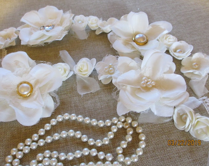 Handmade Asst LT Cream Vintage Style Wedding Flower Garland, 3 FT Wedding Garland, Bridal Shower Flower Garland, Flower Centerpiece Accent
