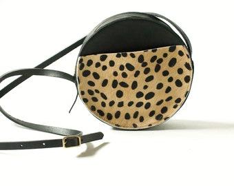 The Marina Bag with Front Pocket// Cheetah