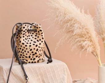 The Ana Bucket// Cheetah