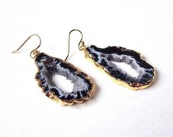 Agate slice earrings, grey agate slice earrings, gold agate slice earrings, gold agate earrings, agate slice dangles